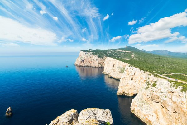 Italy_Sardinia_Capo_Caccia_shutterstock_459233965_L-Large