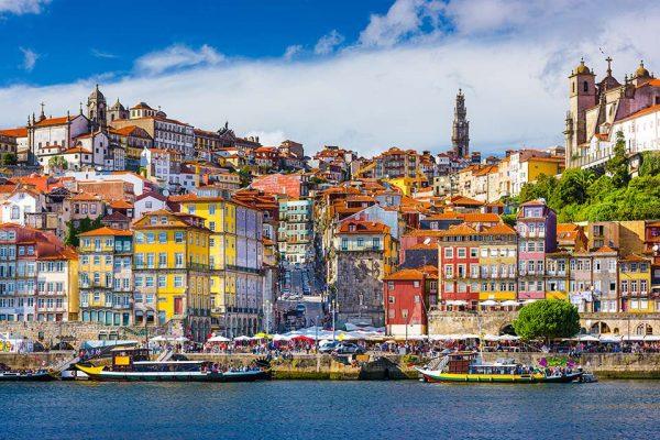 Voli-Napoli-Porto