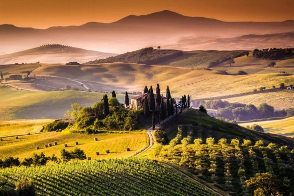 tuscany-red-hills